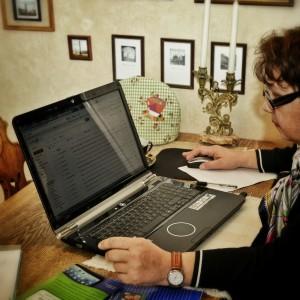 Internet helpt oudere mensen om langer actief te blijven